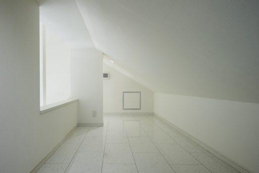 IH 060 522x348 - 家族のライフスタイルを重視した上下分離型二世帯住宅