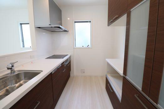 20200620140037 IMG 2333 522x348 - 斜面地に建つ屋上が自慢の家